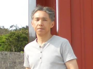 顔写真_礒田先生.jpg